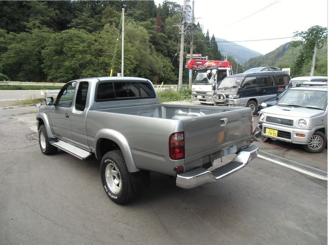 Awesome 2004 Toyota Hilux Sports Pickup 4wd Wide Ln172h 3.0 Diesel Manual Shift For  Sale In Japan