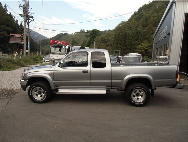 2004 Toyota Hilux Sports Pickup 4wd Wide Ln172h 3.0 Diesel Manual Shift For  Sale In Japan